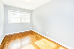 4 Bedrooms Bedrooms,1 BathroomBathrooms,Home,1032