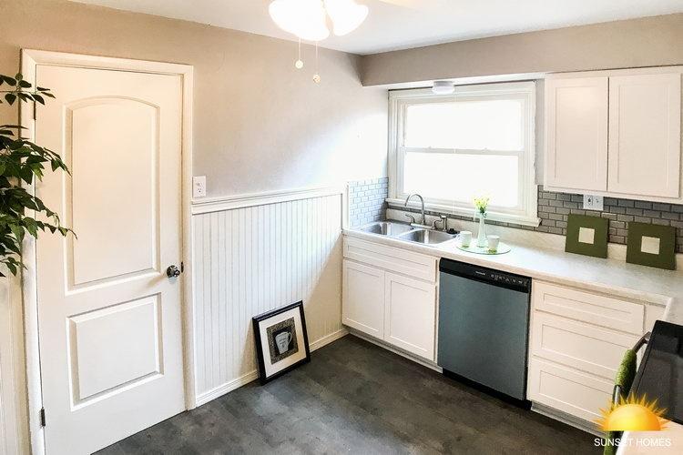 3 Bedrooms Bedrooms,1 BathroomBathrooms,Home,1057
