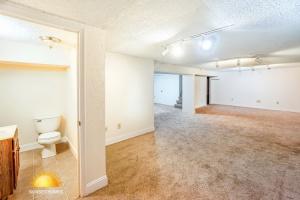 3 Bedrooms Bedrooms,1.5 BathroomsBathrooms,Home,1065