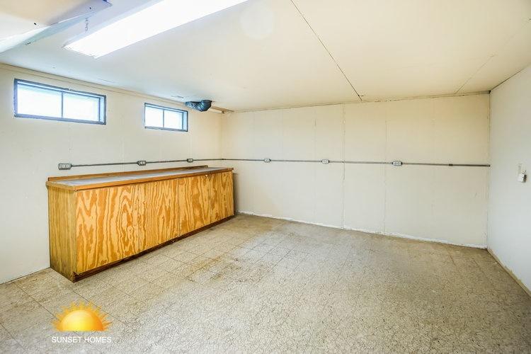3 Bedrooms Bedrooms, ,2 BathroomsBathrooms,Home,For Sale,1067